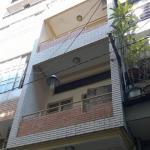 Nhà trong hẻm ngay trung tâm, cách đường Lê Văn Sỹ 50m