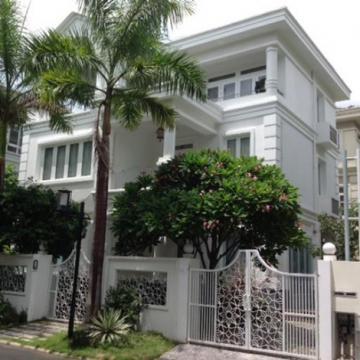 Biệt thự MTNB 8m Phan Văn Trị quận Bình Thạnh