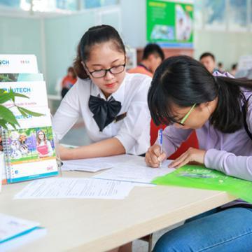 HUTECH công bố chính sách học bổng tuyển sinh khóa 2017