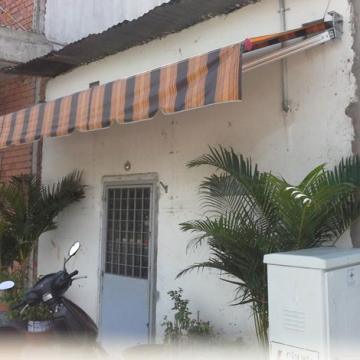 Bán nhà mặt tiền đường Phạm Văn Đồng