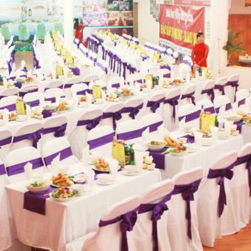 Đặt tiệc cưới chất lượng tiết kiệm tại Hà Nội