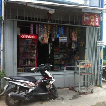 Nhà mặt tiền hẻm 8m quận Tân Phú