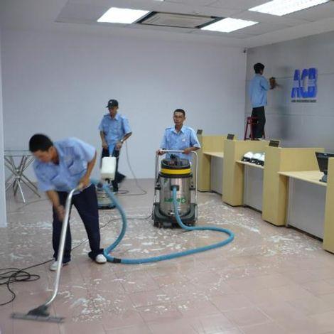 Cung cấp dịch vụ vệ sinh, tạp vụ chuyên nghiệp