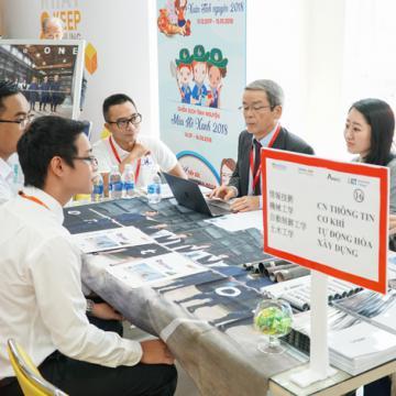 Tự tin khẳng định bản thân trong doanh nghiệp Nhật