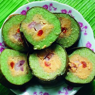 Đặc sản bánh tét Trà Cuôn - Trà Vinh