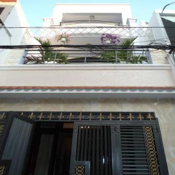 Nhà mặt tiền đường Chấn Hưng quận Tân Bình