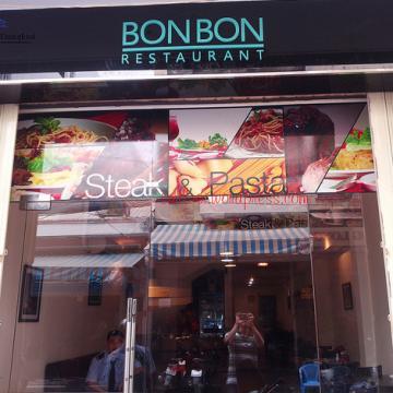 Thưởng thức món Beefsteaks và mì Ý tại BonBon