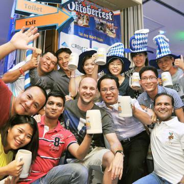 Oktoberfest Việt Nam 2015 - Sôi động lễ hội văn hóa Đức