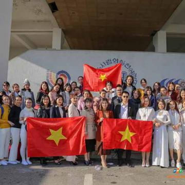 VN đạt ngôi Á quân cuộc thi Thẩm mỹ - Làm đẹp tại HQ