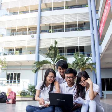 Trường ĐH Văn Lang tuyển sinh thạc sĩ Quản trị Kinh doanh