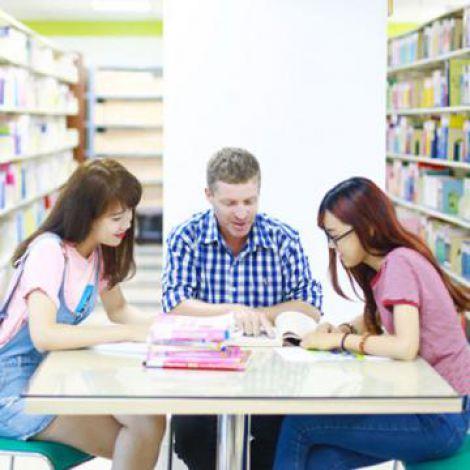 UEF xét tuyển học bạ THPT