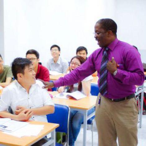 Mức điểm xét tuyển học bạ THPT đợt 25-8 của UEF tăng 2 điểm