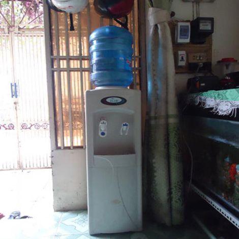 Thanh lý máy nước nóng lạnh Elim