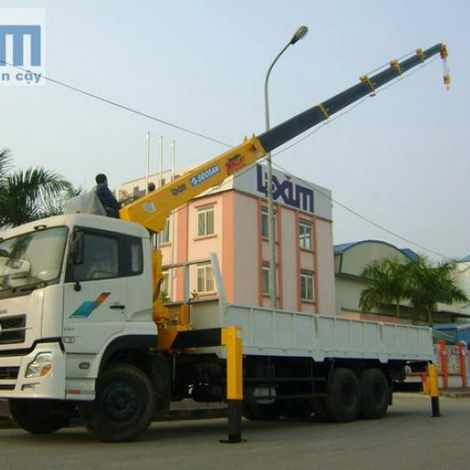 Cẩu Soosan SCS747 - Cẩu Soosan 7 tấn 7 khúc