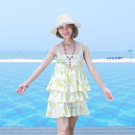 Đầm voan đi biển