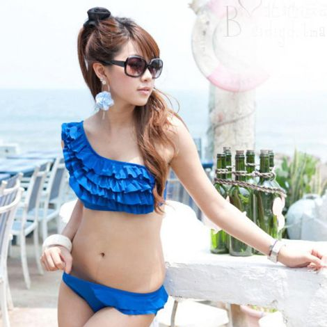 Bikini nhúng bèo dạng váy