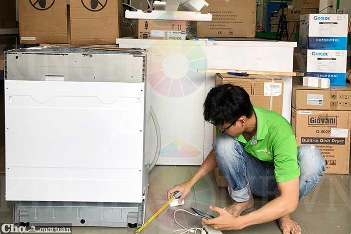 Máy rửa bát âm tủ Hafele HDW-FI60A 533.23.260